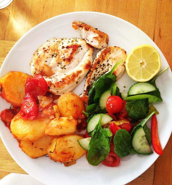 Lemon Chicken Mediterranean Style: Greek Style Grilled Chicken Breasts And Lemon Potatoes And
